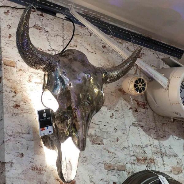 Bullenkopf Wandlampe