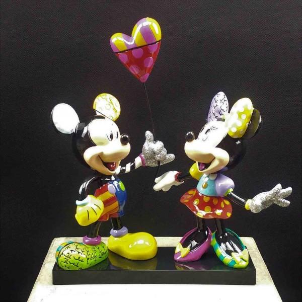 Mickey und Minnie mit Herzballon